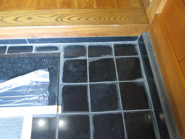 玄関床御影石のリニューアル工事のサムネイル