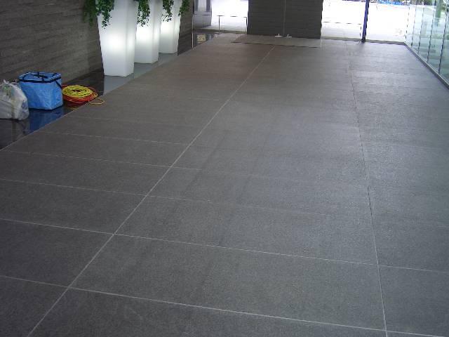マンションの床石トラブルNO.1のサムネイル