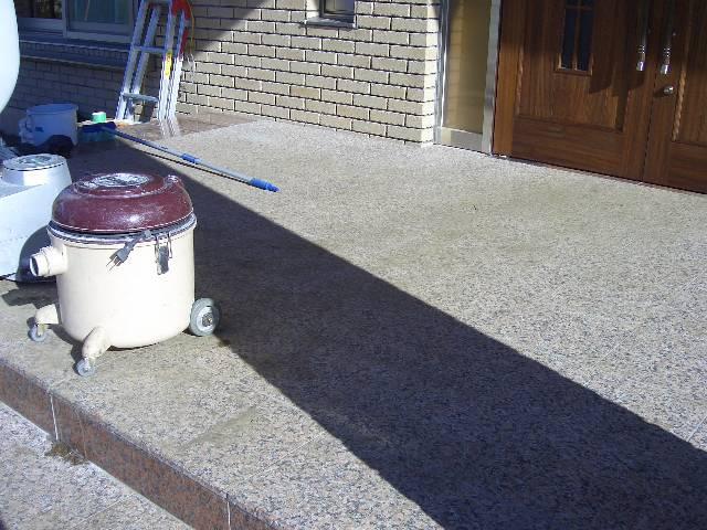 玄関床の御影石ウェットコート仕上げのサムネイル