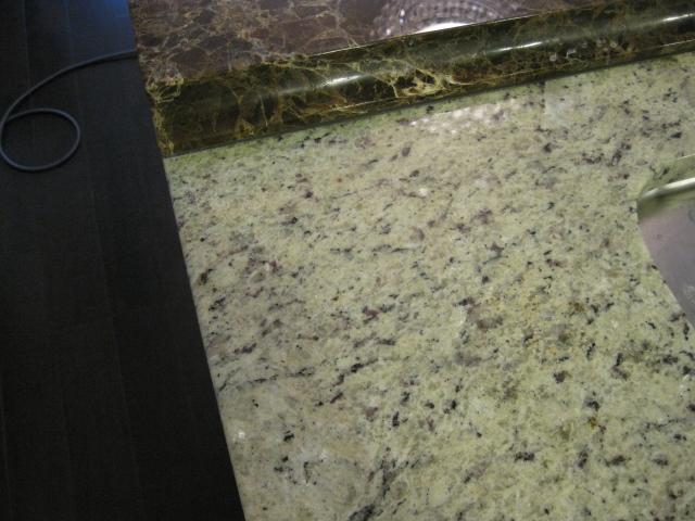 御影石シミ抜き(テーブルに付いた接着剤シミ)のサムネイル