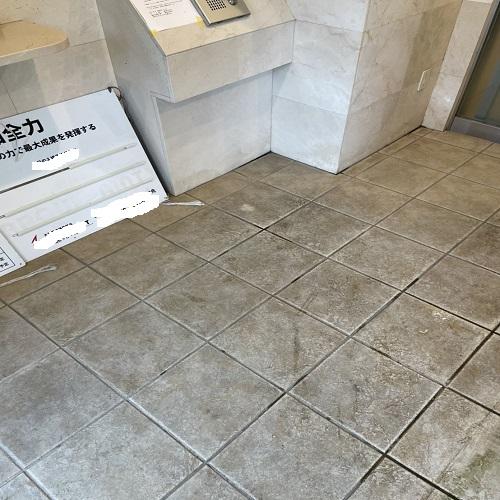 マンションエントランスの石材・タイル洗浄のサムネイル