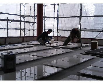 製品塗布(大理石外壁の石貼り前コート)と5年経過報告のサムネイル